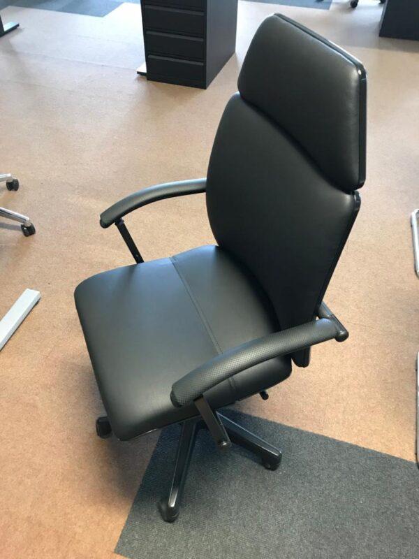 Bürodrehstuhl Martin Stoll T18 kunstleder schwarz NEU bezogen
