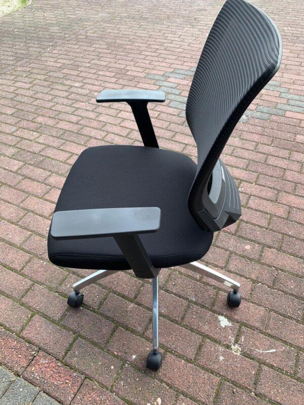 Broecan Konferenzstuhl Sitz Stoff, Rücken Netz